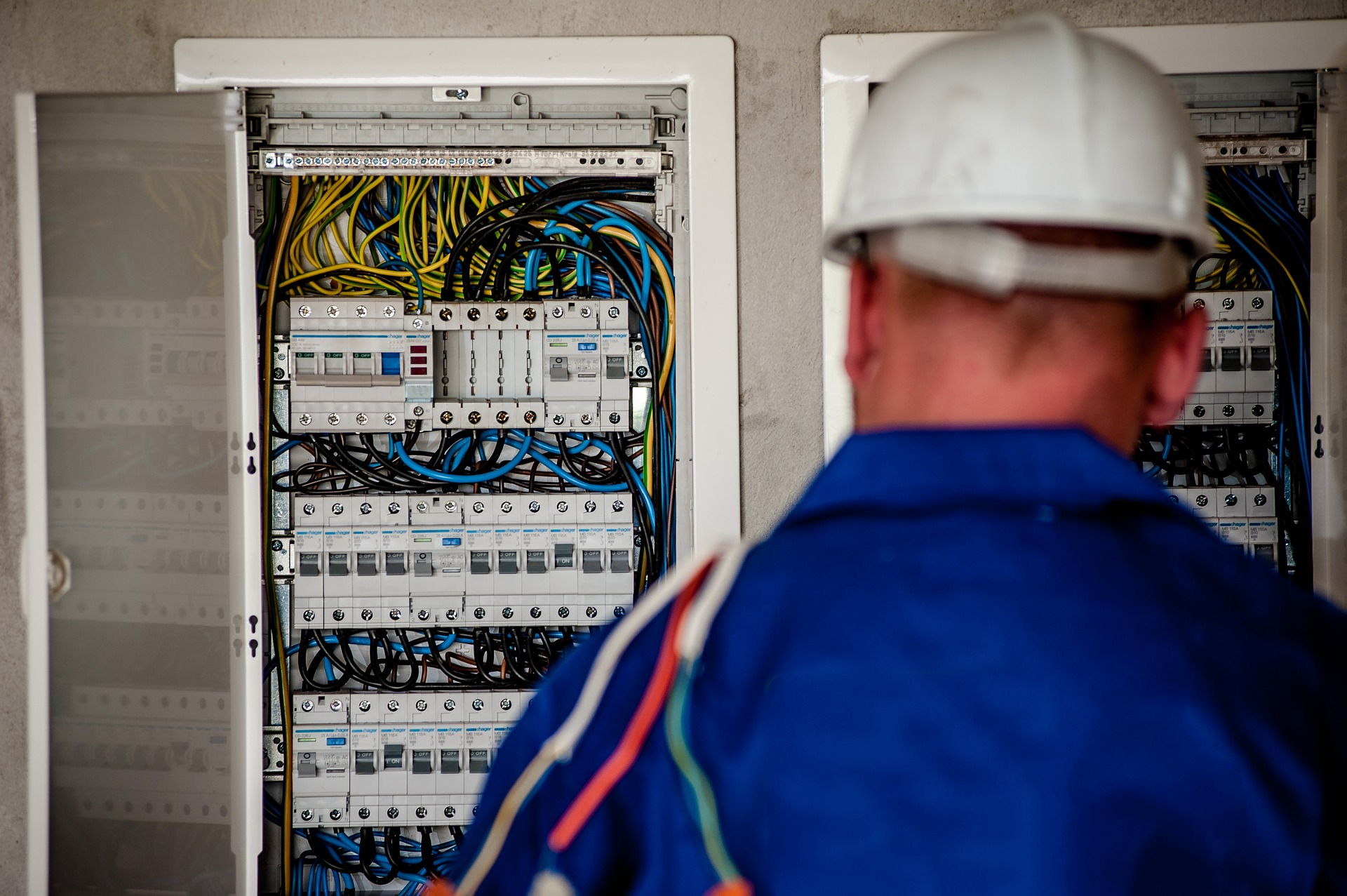 a worker in the field service industry checking equipment